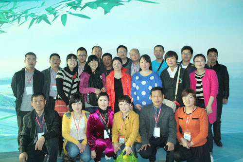2013年4月12日至14日,公司组织一批员工参加杭州三日游活动,主要游览了千岛湖,西湖和乌镇三处,预计第二批员工将于今年10月出游