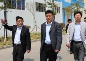 县委常委、组织部长邵泽勇指导科伦多企业党建工作